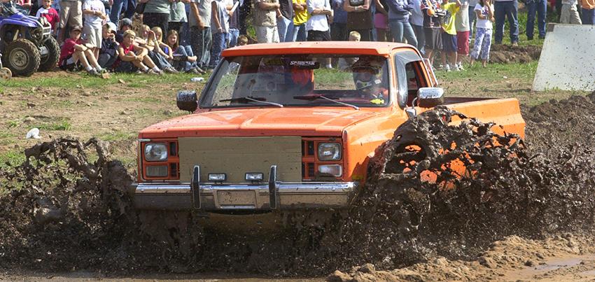 www.gogebiccountyfair.com_grand stand_Lakestates Mud Racers